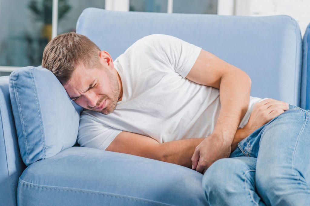תמונה של בנאדם חולה אשר קיבל פטור ממס הכנסה מחלת קרוהן
