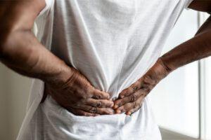 תאונת עבודה פגיעה בעמוד השדרה