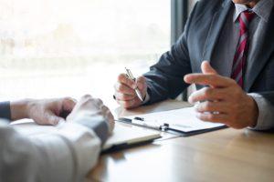 איך מגישים תביעה על תאונת עבודה ביטוח לאומי